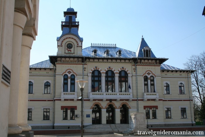 Travel Guide Romania-Targu Jiu town