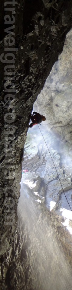 Campeneasca Cave - Codrul Moma Mountains