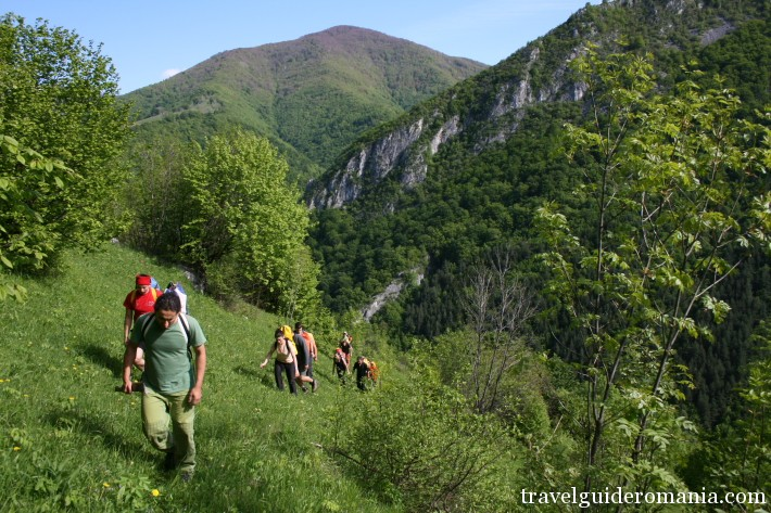 hiking in Romania - Domoglet Natural Park