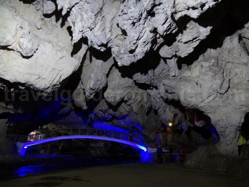 Bolii show cave - Romania