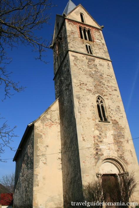 Santamaria Orlea - late roman architectural style