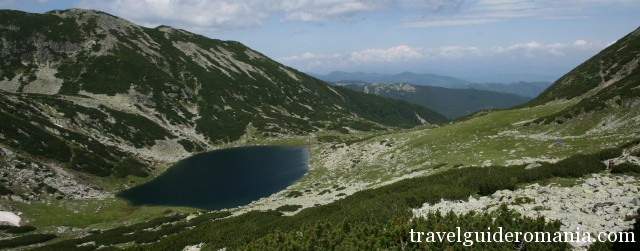 Retezat National Park - Galesu lake
