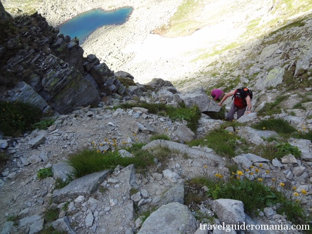climbing from Mandra lake to main ridge of Parang mountains
