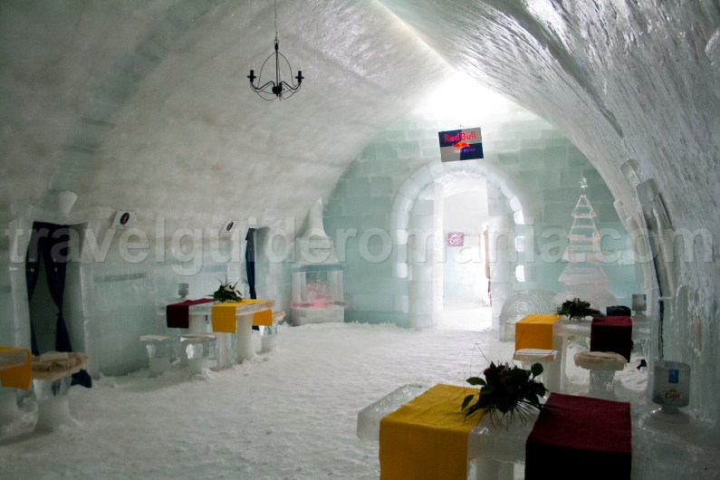 Restaurant room at Balea Ice Hotel