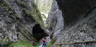 Canyoning in Apuseni