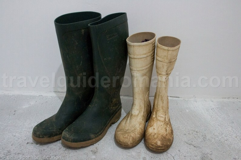 Footwear for cavers - rubber boots