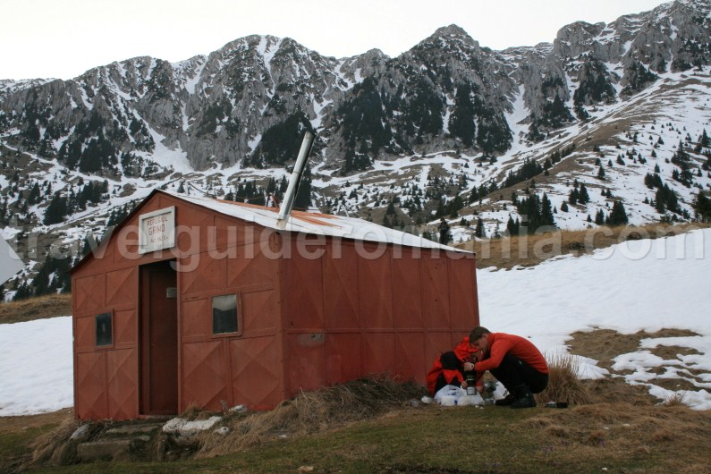 Grind shelter - Piatra Craiului mountains