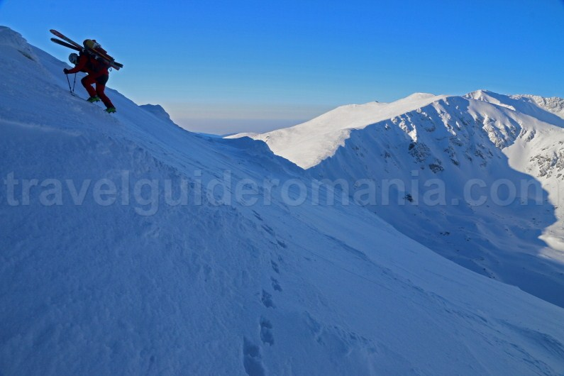 Ski - mountaineering in Parang Mountains - Romania