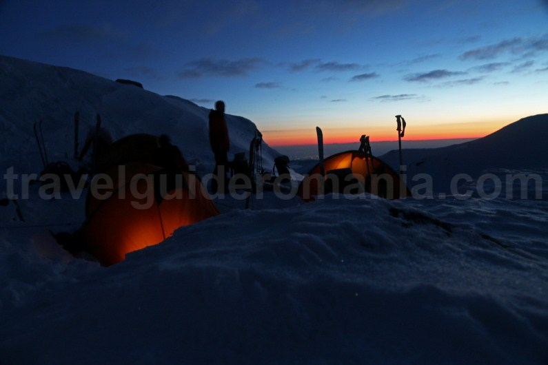 Winter camp in Parang Mountains - Romania
