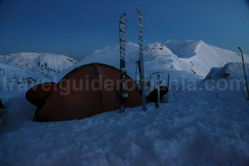 Winter camp in Parang Mountains