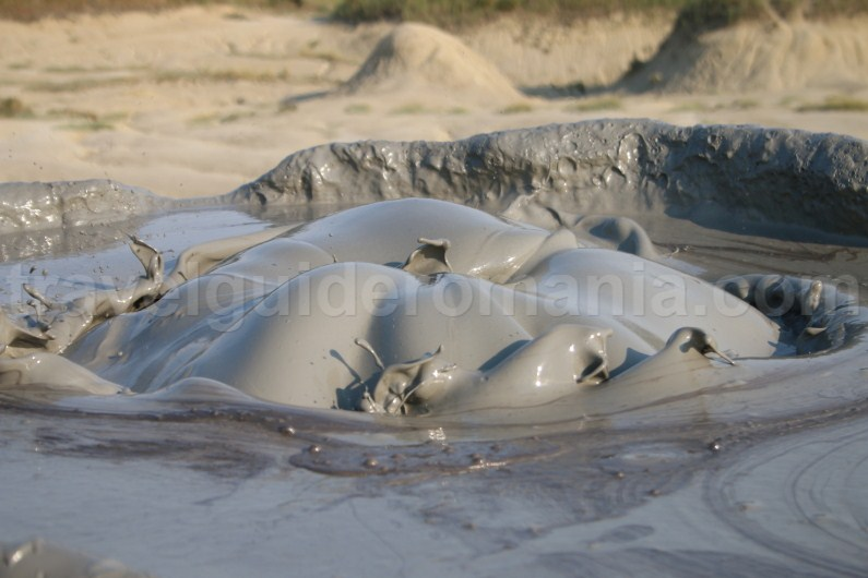 Travel tips for Berca Mud Volcanoes