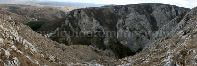 Tourist sights in romania - Turzii Gorge - Trascau Mountains