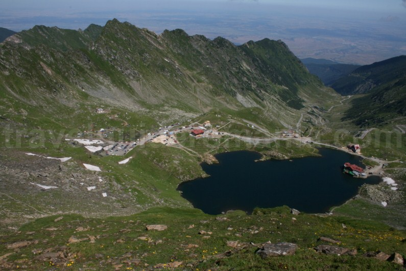 Balea Lake and si transfagarasanul road - Fagaras Mountains