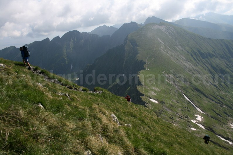 Climbing to Moldoveanu Peak - Fagaras Mountains