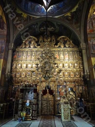 Visit Putna Monastery in Bucovina - Romania