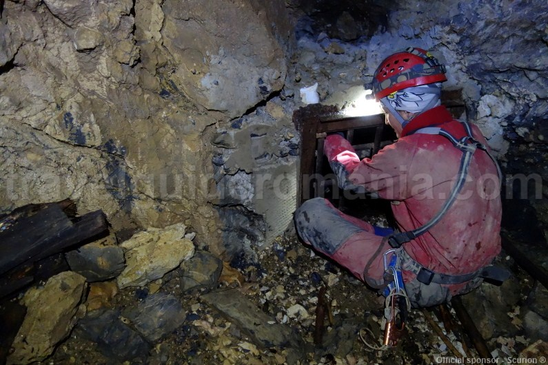 Guided caves tours in Apuseni Mountains
