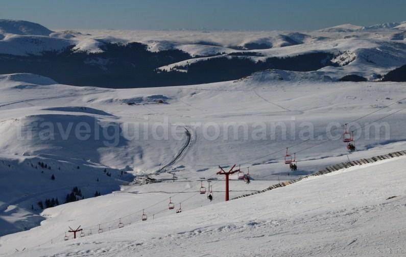 Ski slopes in Bucegi Mountains - Outdoor adventure in Romania