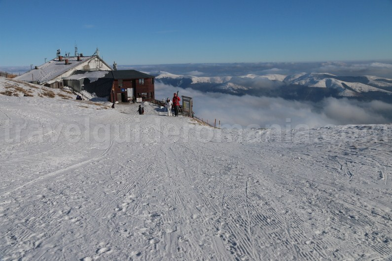 Skiing in Romania - Sinaia ski resort - Travel guide Romania