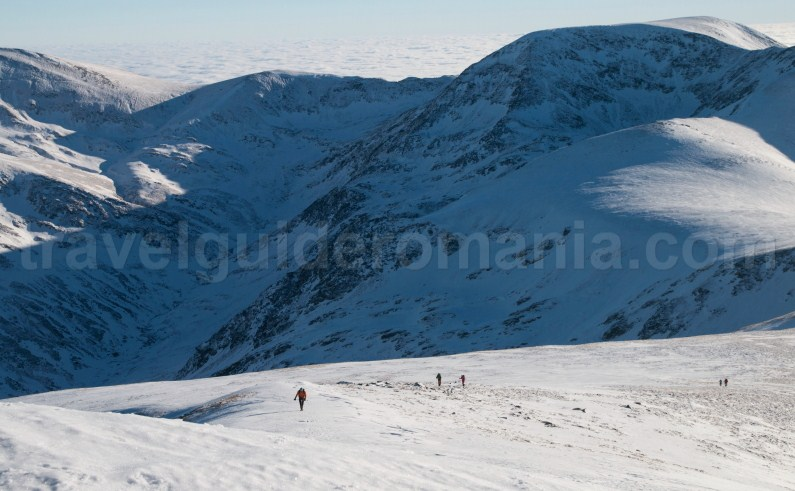 Guided mountain trips to Romania - climbing Godeanu mountains