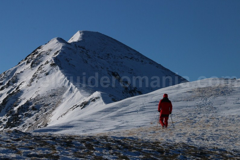 Hiking routes in Romania - Godeanu Mountains - Gugu peak