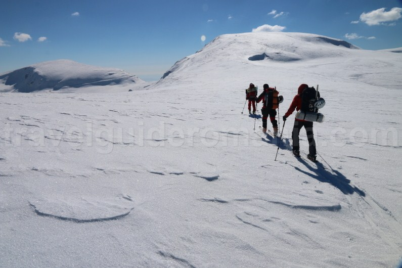 Ski touring in Romania - Parang Mountains