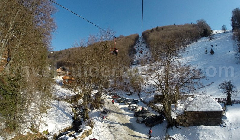 Skiing in Parang Mountains - Travel Guide Romania