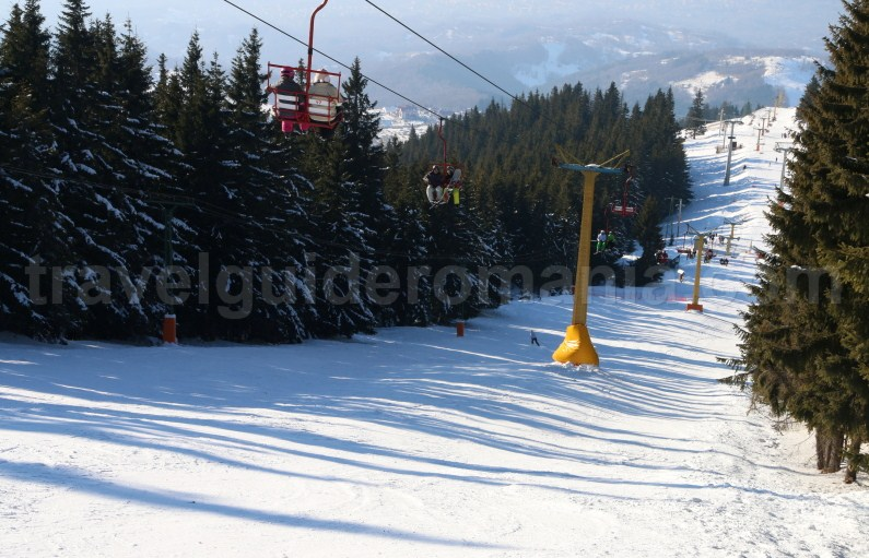 Skiing in Romania _ Parang - Petrosani ski resort - Parang Mountains