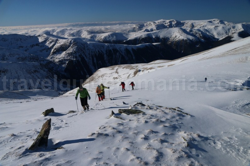 Snowshoeing in Godeanu mountains - Gugu peak - Romania