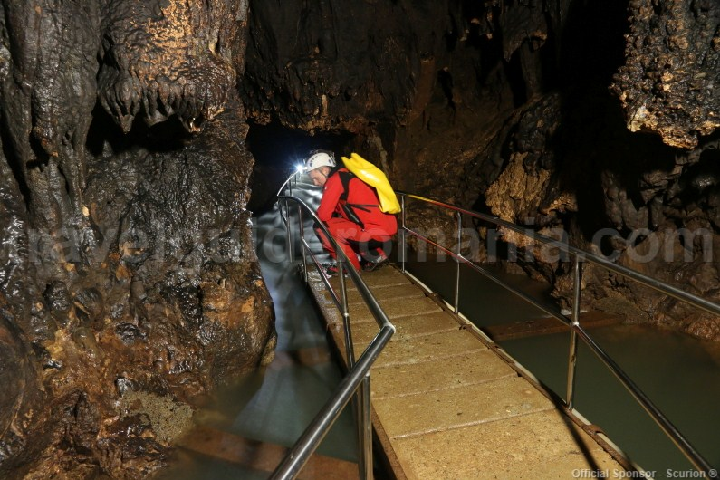 Escorted tours in Romania - Vadul Crisului show cave