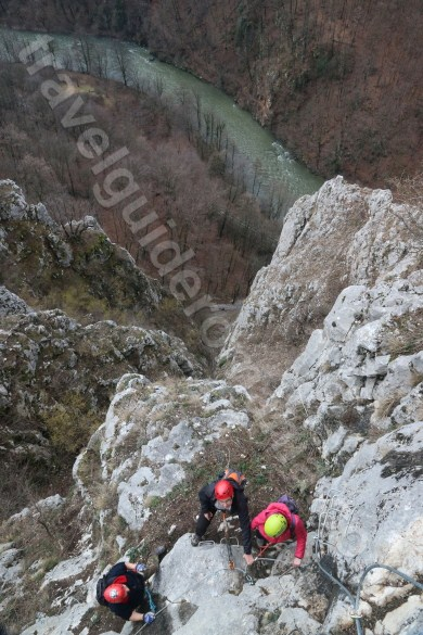 Travel Guide Romania - Via ferrata in Vadu Crisului