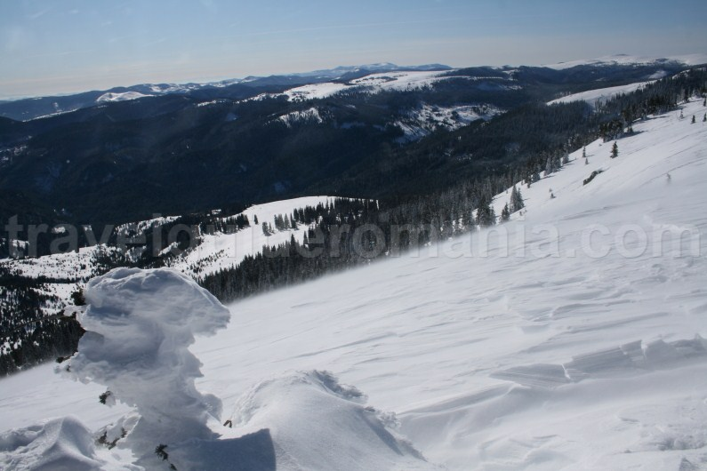 Winter trips in Apuseni Mountains - Vladeasa Peak