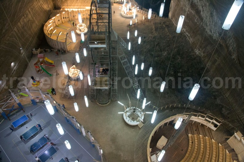 Travel Guide Romania - Turda Salt Mine