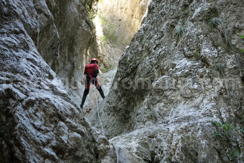 Rappelling techniques used in Oratii canyon