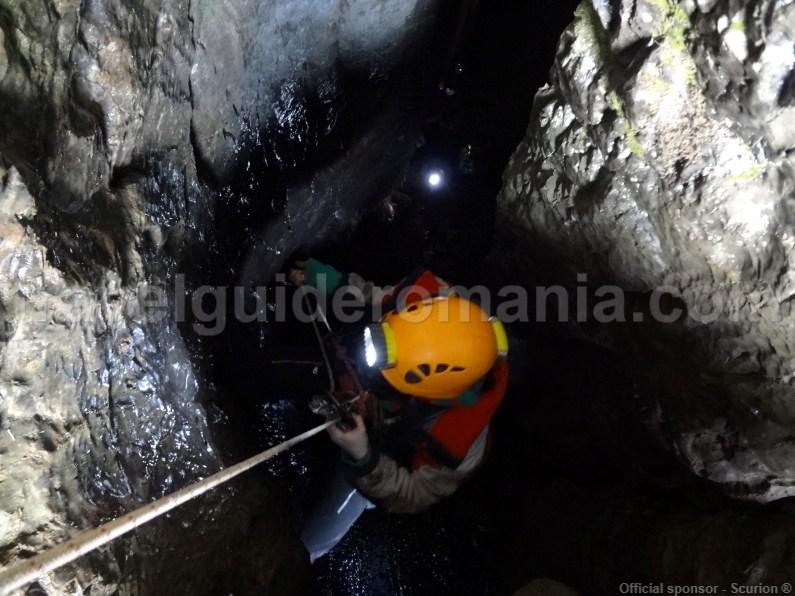 adventure-tours-in-apuseni-mountains-caving