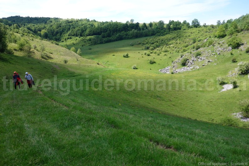 travel-packages-in-romania-hiking-in-apuseni-mountains