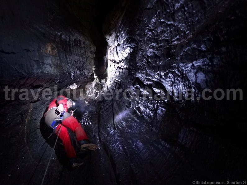 travel-destinations-in-romania-old-mans-cave