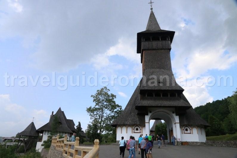 entrance-at-barsana-monastery-romania