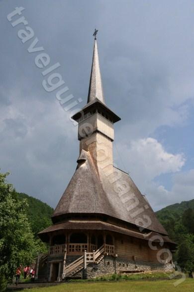 wooden-churches-in-maramures-barsana-monastery