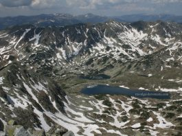 Trekking and hiking in Retezat mountains