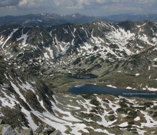 Trekking and hiking in Retezat mountains