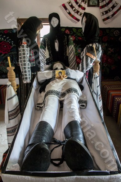 Burial rites in Bukovina