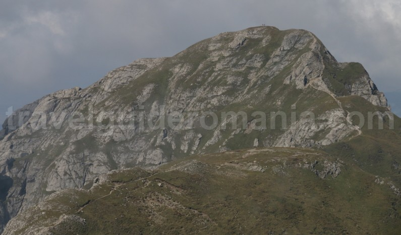 Active trekking tour to Omu peak in Bucegi Mountains - Romania