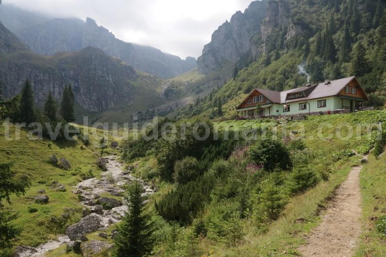 Malaiesti hut - Bucegi mountains