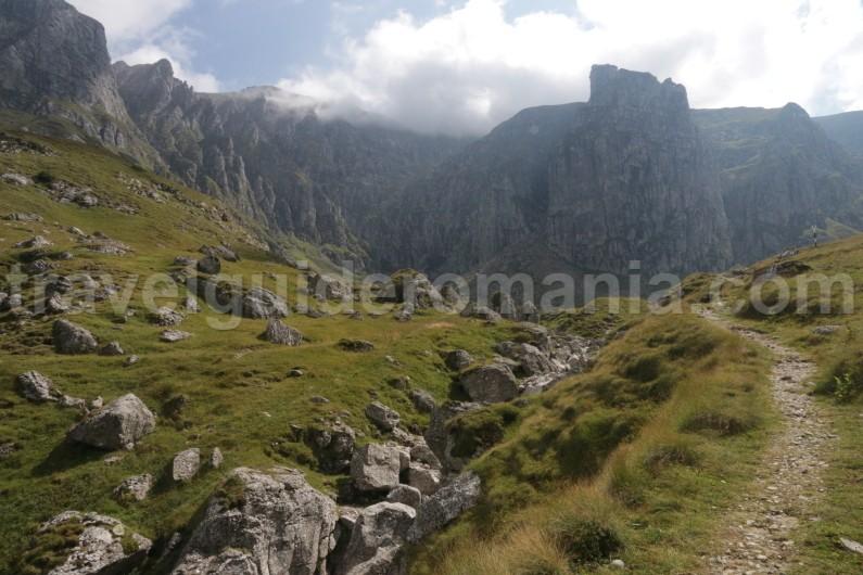 Mountain guide trip in Bucegi mountains