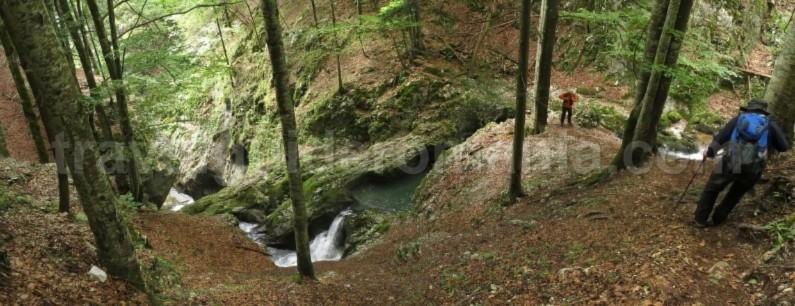 Galbenei Gorges Padis Apuseni adventure trekking