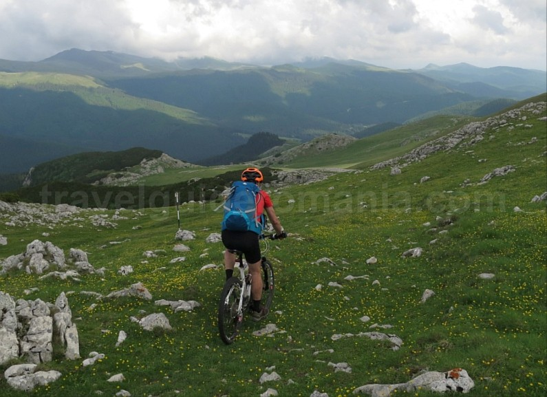 batrana strunga pass bucegi mountains mtb romania