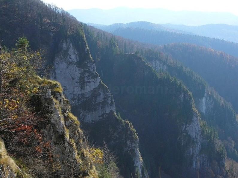 pietrele boghii Padis Apuseni wild adventure