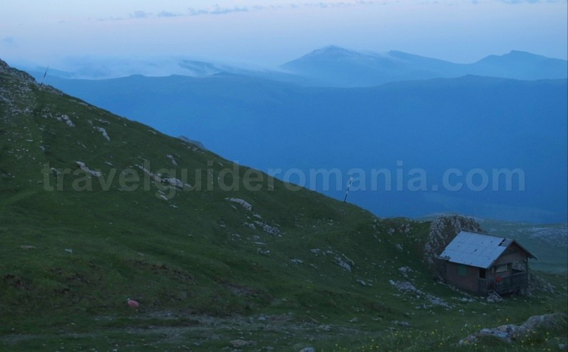 strunga chalet bucegi mountains mtb romania