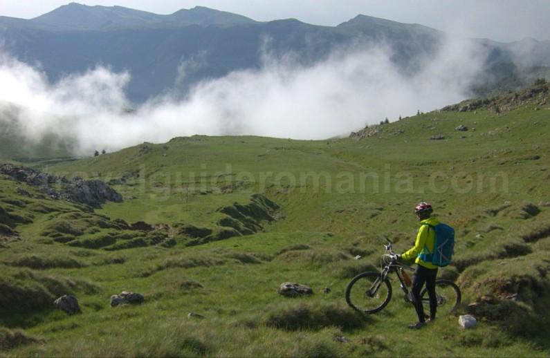 strunga padina bicicleta bucegi mountains mtb romania