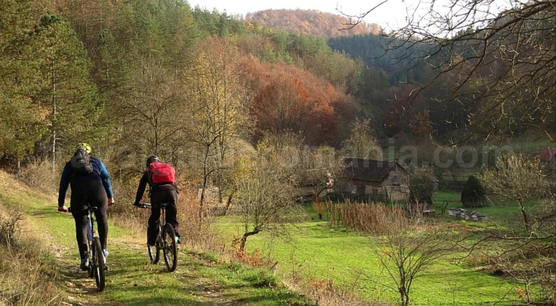 biking stramturii gorges rosia mtb Padurea Craiului Apuseni